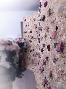 Panou floral, cabina cu nebunii, photo corner nunta